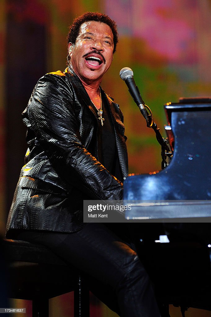<a gi-track='captionPersonalityLinkClicked' href=/galleries/search?phrase=Lionel+Richie&family=editorial&specificpeople=204139 ng-click='$event.stopPropagation()'>Lionel Richie</a> performs during day six of British Summer Time Hyde Park presented by Barclaycard at Hyde Park on July 14, 2013 in London, England.