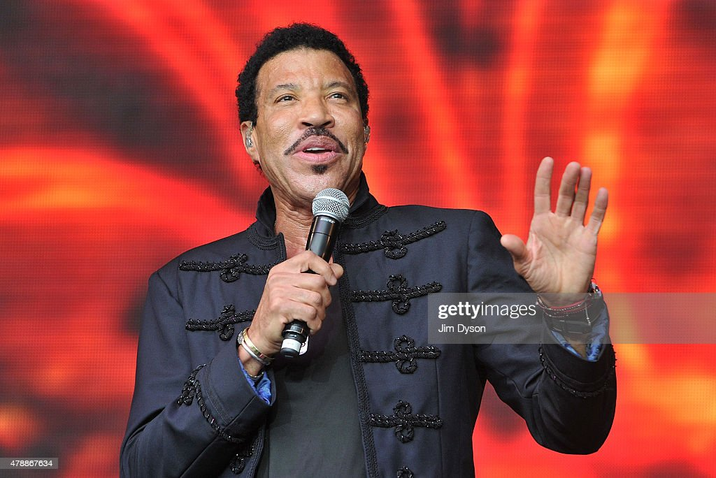 <a gi-track='captionPersonalityLinkClicked' href=/galleries/search?phrase=Lionel+Richie&family=editorial&specificpeople=204139 ng-click='$event.stopPropagation()'>Lionel Richie</a> performs live on the Pyramid stage during the third day of Glastonbury Festival at Worthy Farm, Pilton on June 28, 2015 in Glastonbury, England.