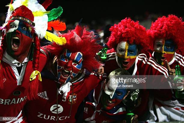 Lions fans cheer during the match between British and Irish Lions and New Zealand Maori at the the Waikato Stadium on June 11 2005 in Hamilton New...