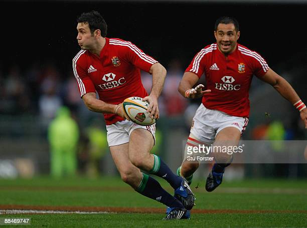 Lions flyhalf Stephen Jones looks to pass as Riki Flutey looks on during the game between Western Province and the British Irish Lions at Newlands...