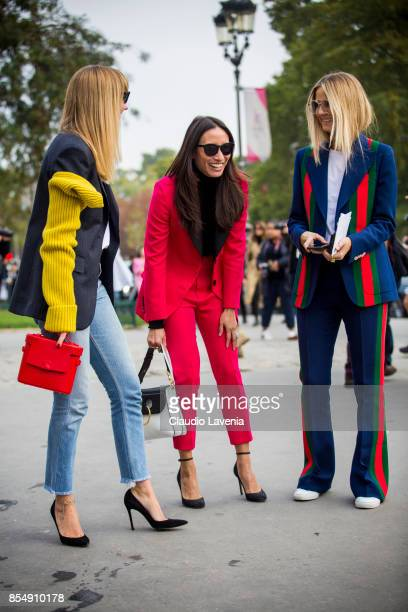 Lisa Aiken and friends are seen before the Maison Margiela show at the Grand Palais during paris Fashion week Womenswear SS18 on September 27 2017 in...