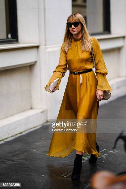 Lisa Aiken outside Chloe during Paris Fashion Week Womenswear Spring/Summer 2018 on September 28 2017 in Paris France
