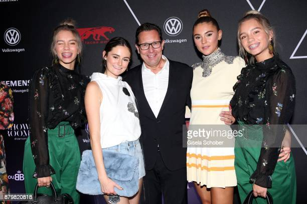 Lisa and Lena Influencer of the year Lea van Acken Style Icon of the year and Robert Poelzer Editor in chief of Bunte and Model and influencer...