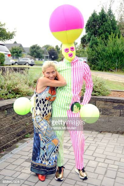 Lisa de Kooning and Andrey Bartenev attend THE WATERMILL CONCERT 2009 'Last Song of Summer' at Filed House of Ross School on August 29 2009 in...