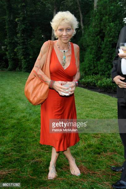 Lisa de Kooning attends 'Inferno' The 16th Annual WATERMILL CENTER Summer Benefit at The Watermill Center on July 25 2009 in Watermill New York