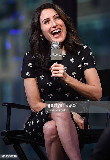 Lisa Edelstein attends the Build Series to discuss the new season of 'Girlfriends' Guide to Divorce' at AOL HQ on January 9 2017 in New York City
