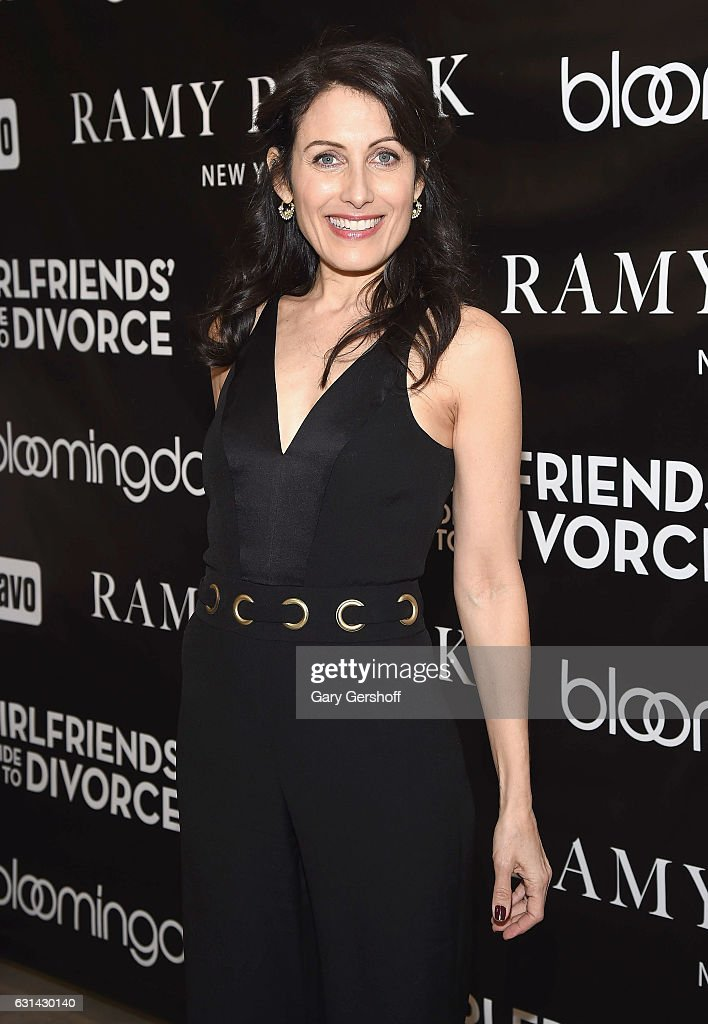 Lisa Edelstein of 'Girlfriend's Guide to Divorce' visits Bloomingdale's 59th Street Store on January 10, 2017 in New York City.