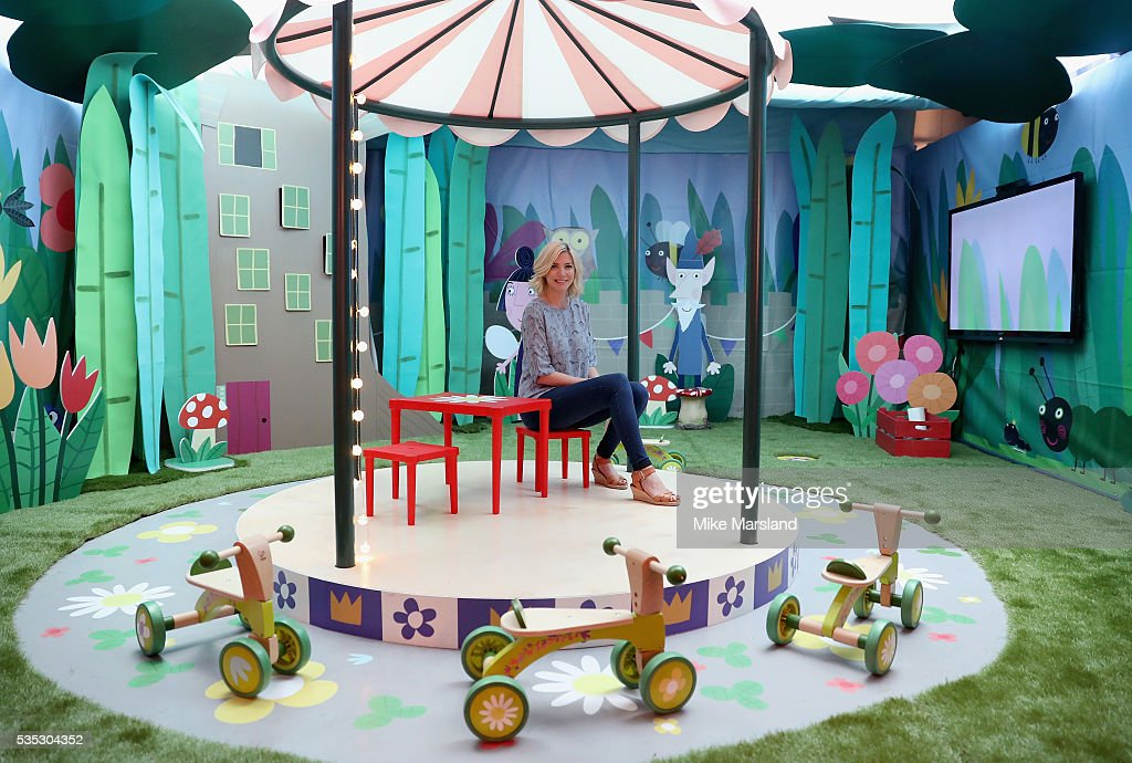 <a gi-track='captionPersonalityLinkClicked' href=/galleries/search?phrase=Lisa+Faulkner&family=editorial&specificpeople=239146 ng-click='$event.stopPropagation()'>Lisa Faulkner</a> attends the launch of the new Sky Kids Cafe, where she has curated a kids menu inspired by shows from the new Sky Kids app, at The Vinyl Factory on May 29, 2016 in London, England.
