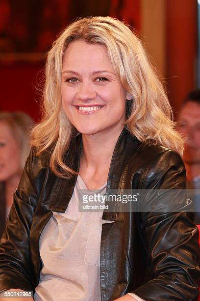 Lisa Feller die deutsche Schauspielerin und Comedian zu Gast beim Talk aus Hannover Tietjen und Hirschhausen in Hannover