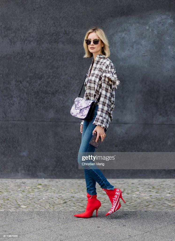 Street Style Day 5 - Mercedes-Benz Fashion Week Berlin Spring/Summer 2018