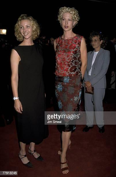 Lisa Kudrow and Jenna Elfman