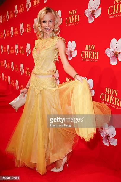 Lisa Loch attends the Mon Cheri Barbara Tag 2015 at Postpalast on December 4 2015 in Munich Germany