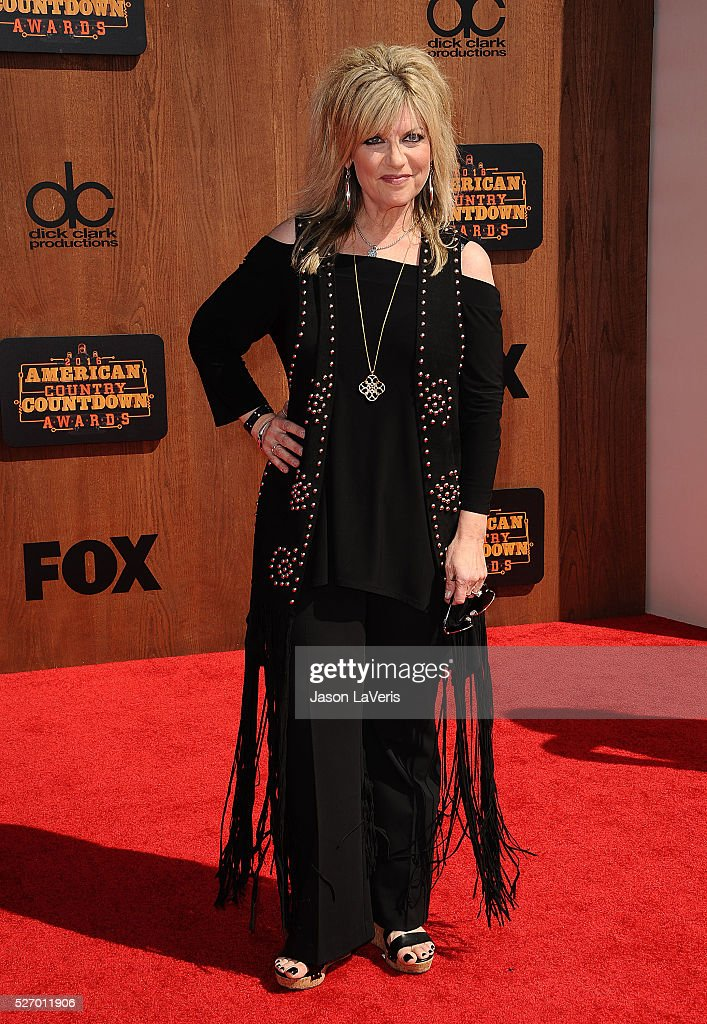 Lisa Manning attends the 2016 American Country Countdown Awards at The Forum on May 01, 2016 in Inglewood, California.
