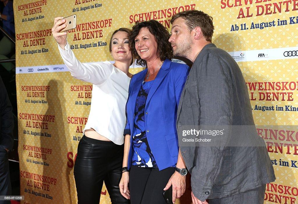 'Schweinskopf al dente' German Premiere In Munich