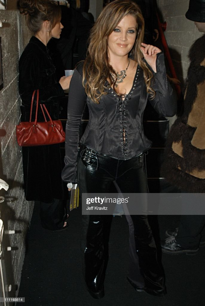 <a gi-track='captionPersonalityLinkClicked' href=/galleries/search?phrase=Lisa+Marie+Presley&family=editorial&specificpeople=202037 ng-click='$event.stopPropagation()'>Lisa Marie Presley</a> during VH1 Big in 2002 Awards - Backstage and Audience at Grand Olympic Auditorium in Los Angeles, CA, United States.