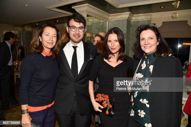 Lisa McCarthy Charles Youssef Ann Caruso and Leslie Stevens attend the launch of Second Bloom Cathy Graham's Art of the Table hosted by Joanna Coles...