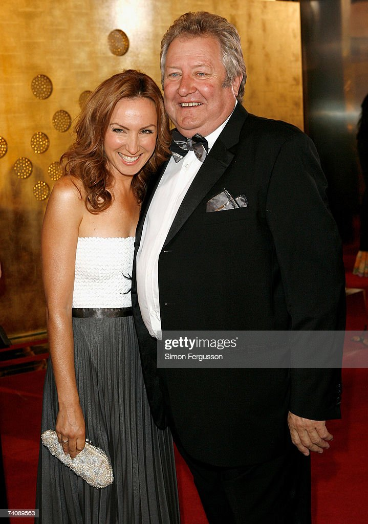 Lisa McCune and John Wood arrive at the 2007 TV Week Logie Awards at the Crown Casino on May 6 2007 in Melbourne Australia The annual television...