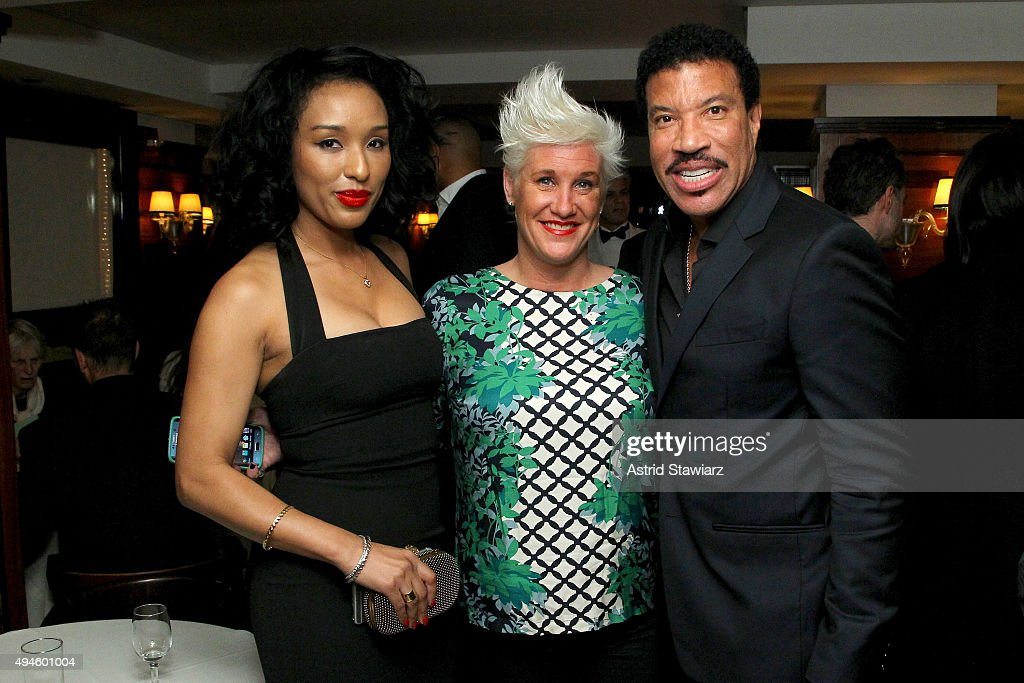 Lisa Parigi, Chef Anne Burrell and Lionel Richie attend DuJour's Jason Binn and Dom Perignons Trent Fraser host an intimate dinner for Lionel Richies Home Collection at Harry Cipriani on October 27, 2015 in New York City.