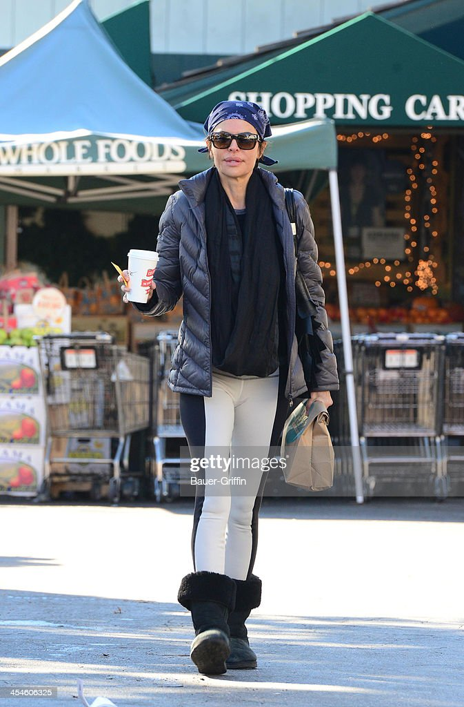 <a gi-track='captionPersonalityLinkClicked' href=/galleries/search?phrase=Lisa+Rinna&family=editorial&specificpeople=202100 ng-click='$event.stopPropagation()'>Lisa Rinna</a> is seen Leaving Whole Foods Market on December 09, 2013 in Los Angeles, California.