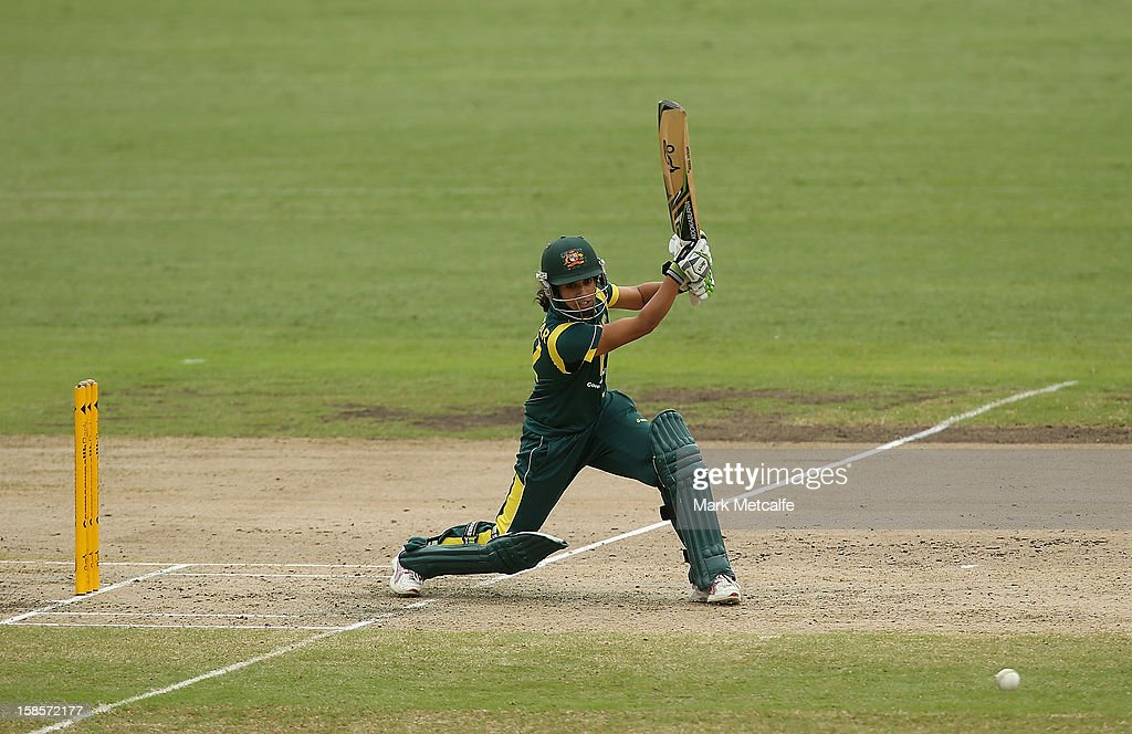 <a gi-track='captionPersonalityLinkClicked' href=/galleries/search?phrase=Lisa+Sthalekar&family=editorial&specificpeople=178307 ng-click='$event.stopPropagation()'>Lisa Sthalekar</a> of Australia bats during game four of the one day international series between the Australian Southern Stars and New Zealand at North Sydney Oval on December 19, 2012 in Sydney, Australia.