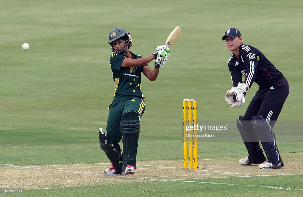 <a gi-track='captionPersonalityLinkClicked' href=/galleries/search?phrase=Lisa+Sthalekar&family=editorial&specificpeople=178307 ng-click='$event.stopPropagation()'>Lisa Sthalekar</a> of Australia bats during the first Women's Twenty20 match between Australia and England at Adelaide Oval on January 12, 2011 in Adelaide, Australia.