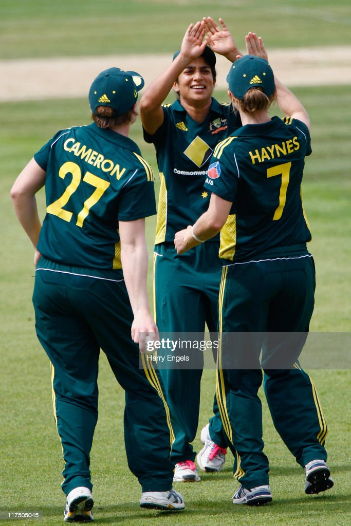 England v Australia - NatWest Women's Twenty20 Quadrangular Series Final