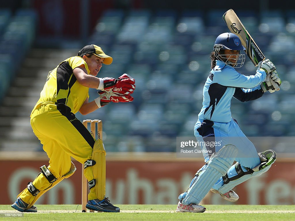 <a gi-track='captionPersonalityLinkClicked' href=/galleries/search?phrase=Lisa+Sthalekar&family=editorial&specificpeople=178307 ng-click='$event.stopPropagation()'>Lisa Sthalekar</a> of the Breakers bats during the women's Twenty20 final match between the NSW Breakers and the Western Australia Fury at the WACA on January 19, 2013 in Perth, Australia.