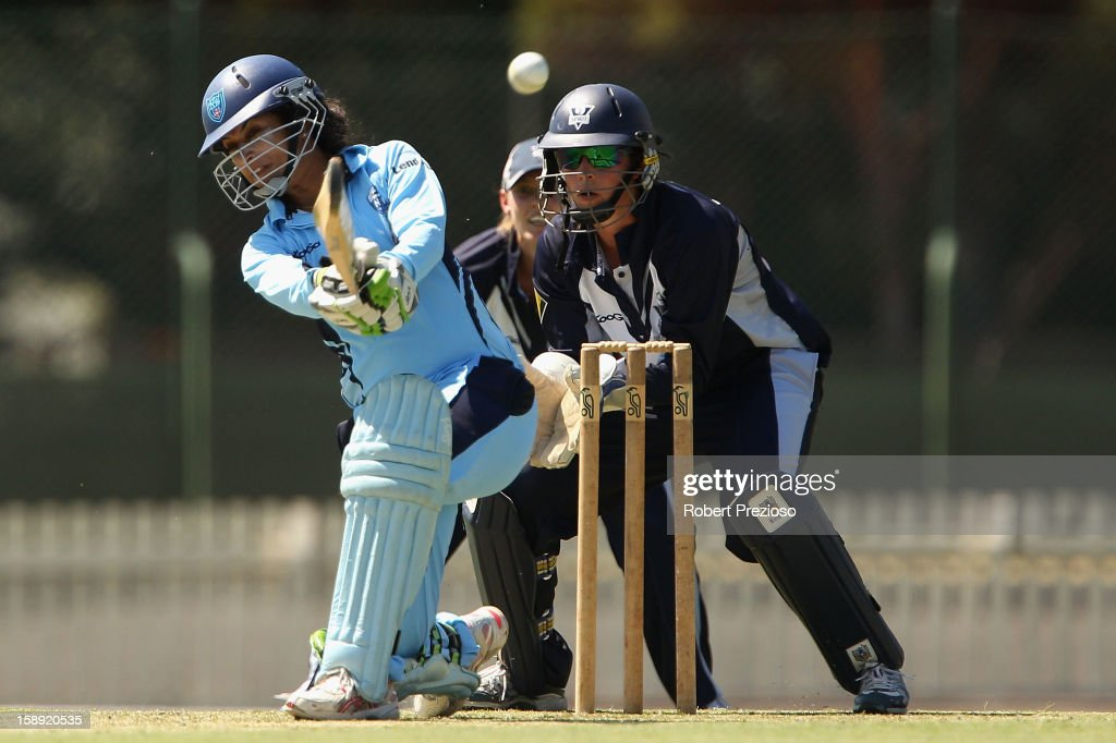 <a gi-track='captionPersonalityLinkClicked' href=/galleries/search?phrase=Lisa+Sthalekar&family=editorial&specificpeople=178307 ng-click='$event.stopPropagation()'>Lisa Sthalekar</a> of the Breakers plays a shot during the Women's Twenty20 match between the Victoria Spirit and the New South Wales Breakers at Junction Oval on January 4, 2013 in Melbourne, Australia.