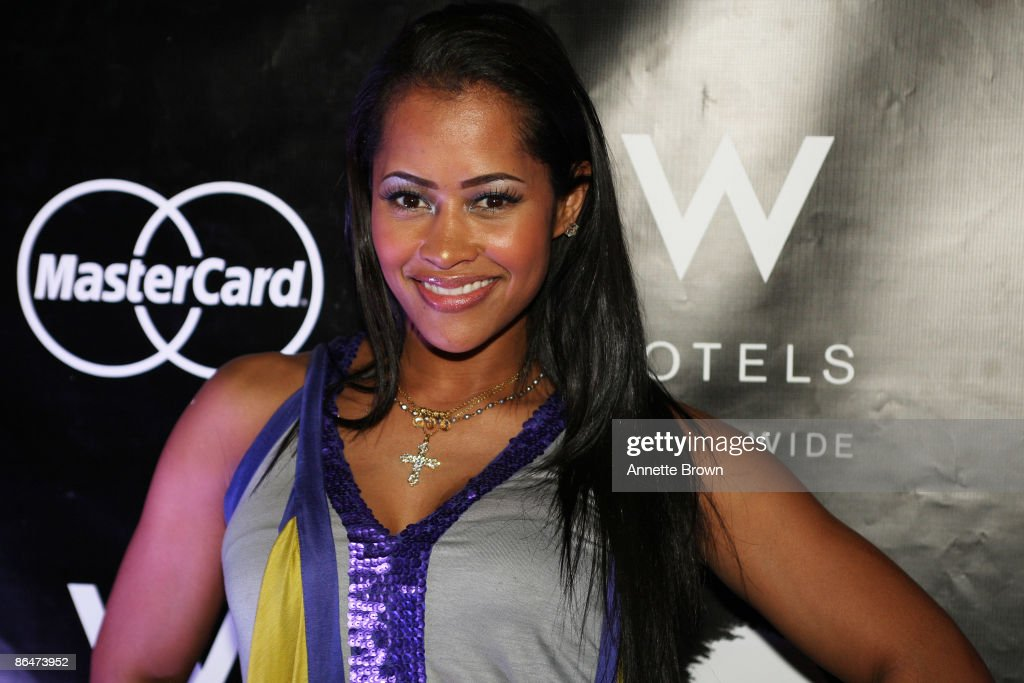 Lisa Wu Hartwell arrives for the Wonderlust Live concert series at the W Atlanta Midtown on May 6 2009 in Atlanta Georgia