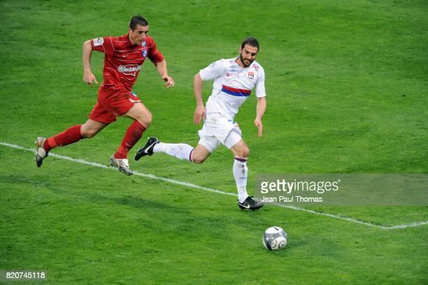 Lisandro LOPEZ / Martial ROBIN Lyon / Grenoble 30eme journee de Ligue 1