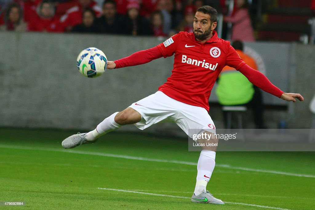 <a gi-track='captionPersonalityLinkClicked' href=/galleries/search?phrase=Lisandro+Lopez&family=editorial&specificpeople=801562 ng-click='$event.stopPropagation()'>Lisandro Lopez</a> of Internacional during the match between Internacional and Atletico-MG as part of Brasileirao Series A 2015, at Estadio Beira-Rio on July 05, 2015, in Porto Alegre, Brazil.
