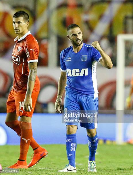 Lisandro Lopez of Racing Club celebrates after scoring the tying goal during the 4th round match between Independiente and Racing Club as part of the...