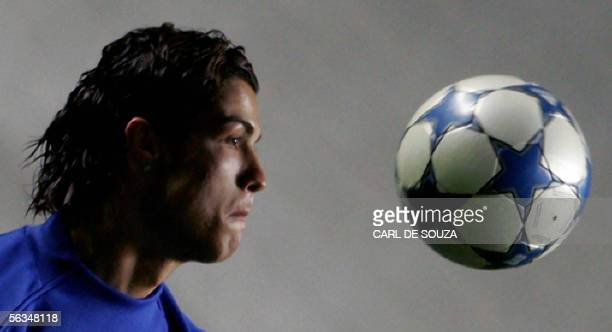 Cristiano Ronaldo of Manchester United football team trains at Lux stadium Lisbon 6 December 2005 Manchester United will play a Group D Champions...