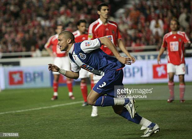 FC Porto's Pepe celebrates after he scored the opening goal during their Premier League football match at Luz Stadium in Lisbon 01 April 2007 FC...