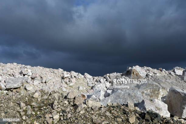 Lithium ore sits on a runofmine pad at a Talison Lithium Ltd facility a joint venture between Tianqi Lithium Corp and Albemarle Corp in Greenbushes...
