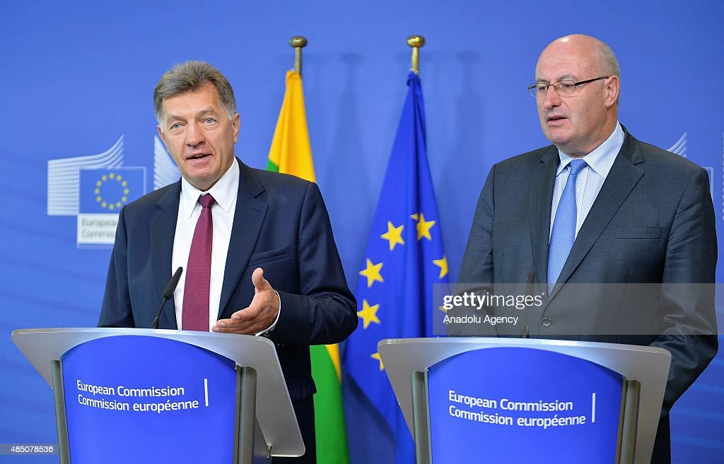 Lithuanian Prime Minister Algirdas Butkevicius (L) and European Commissioner for Agriculture and Rural Development Phil Hogan (R) hold a press conference ahead of their meeting in Brussels, Belgium, on August 24, 2015.