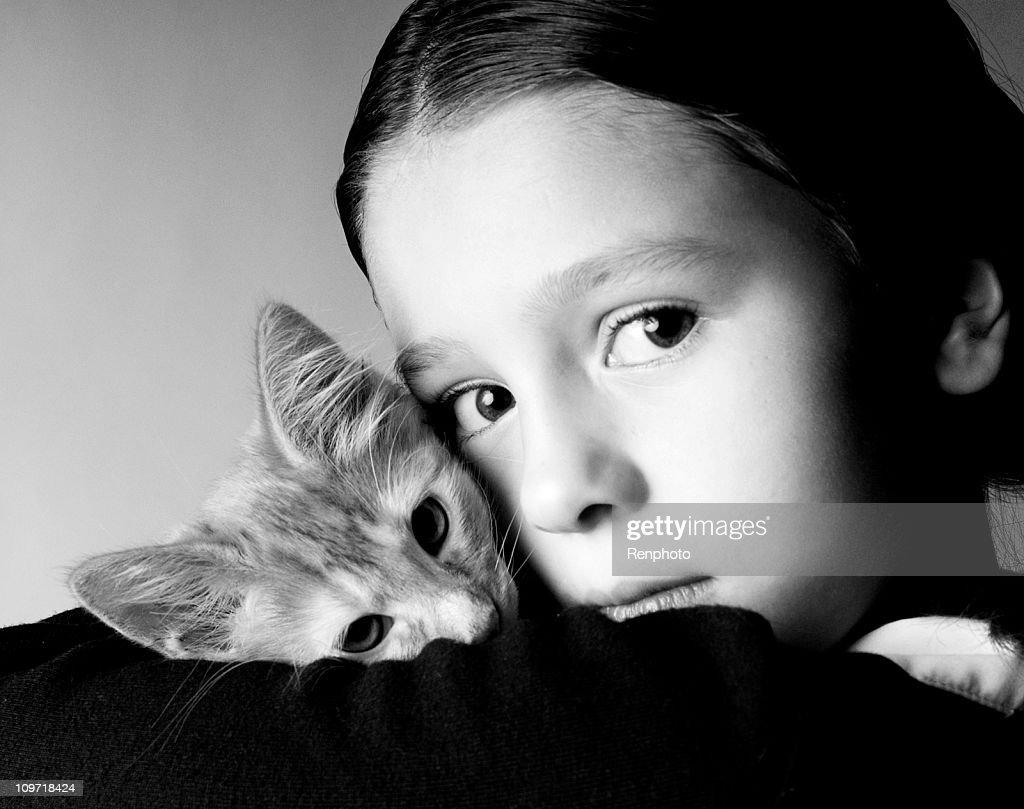 Littl Girl Holding Her Kitty : Stock Photo