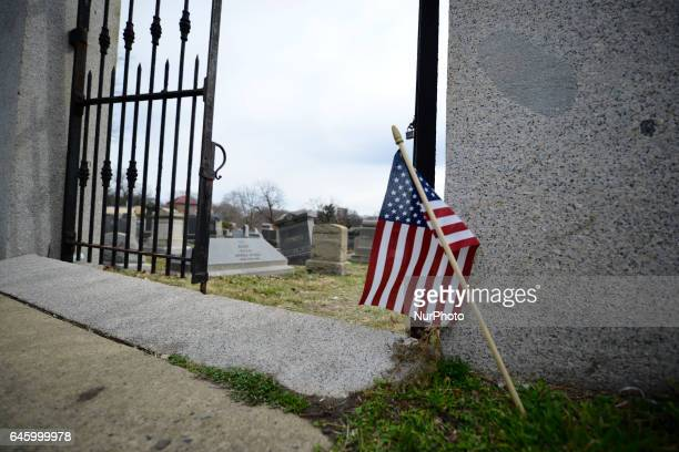 american flag and its desecration Facts and case summary for texas v johnson, 491 us 397 (1989) flag burning  prevented the desecration of a venerated object, including the american flag,.