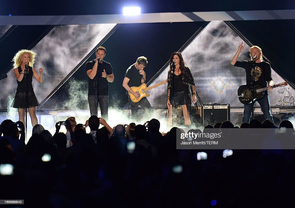 Little Big Town and Keith Urban performs onstage during the 2013 CMT Music awards at the Bridgestone Arena on June 5, 2013 in Nashville, Tennessee.
