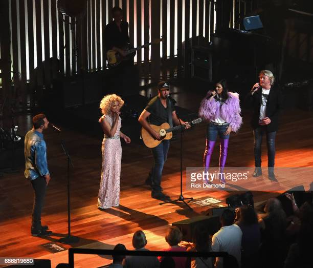 Little Big Town At The Mother Church Special Guest Luke Bryan joins Jimi Westbrook Kimberly Schlapman Karen Fairchild and Phillip Sweet on stage at...
