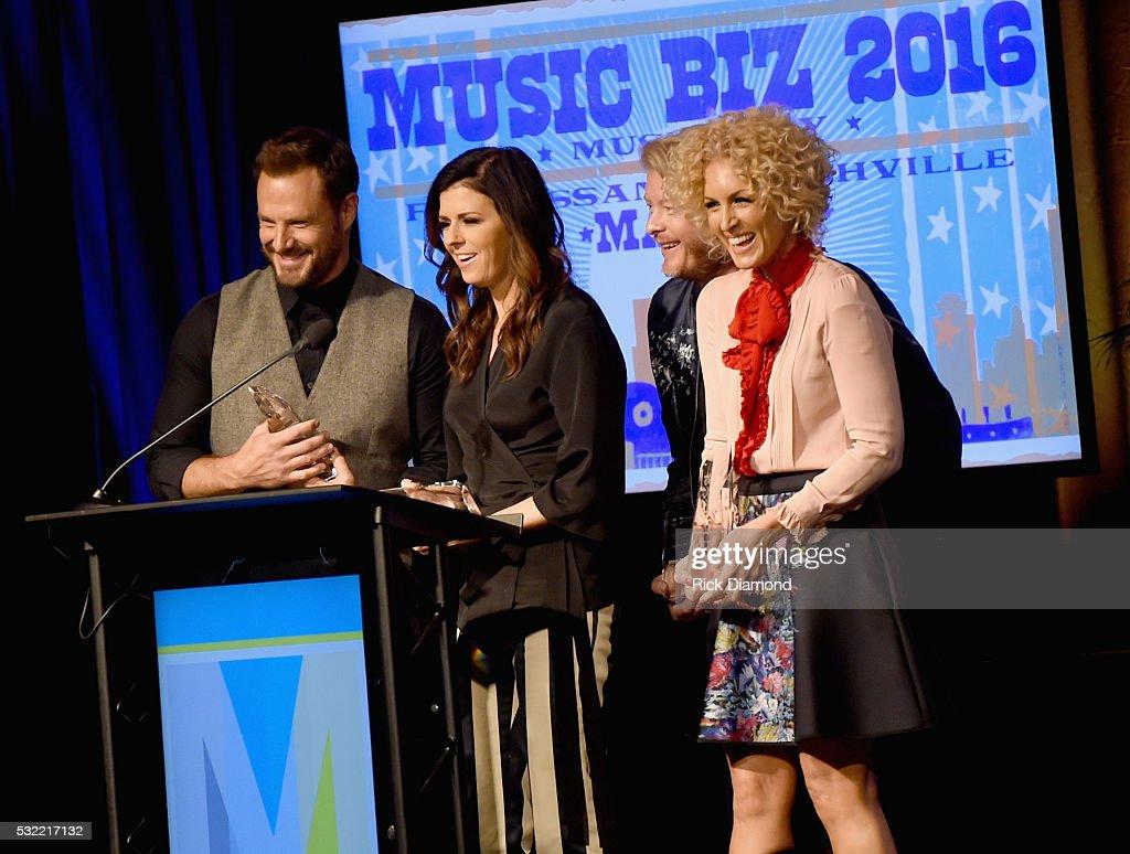 Little Big Town receives Artist of the Year Award L/R Jimi Westbrook Karen Fairchild Phillip Sweet and Kimberly Schlapman attend Music Biz 2016 Day 4...