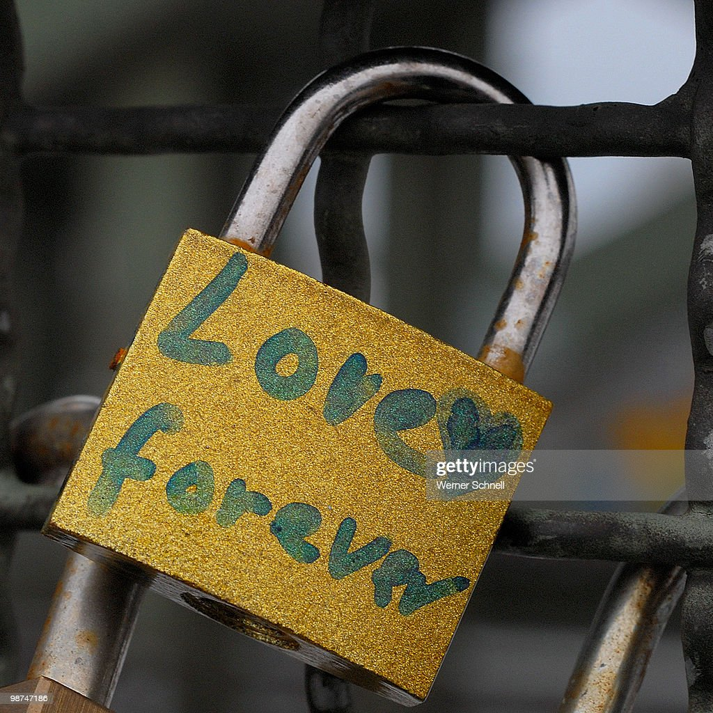A little bit rusty, but forever ! (Love forever) : Stock Photo