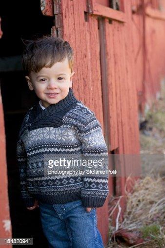 Little boy barn : Stock Photo