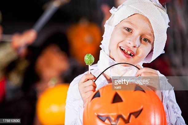 Little boy in halloween costume