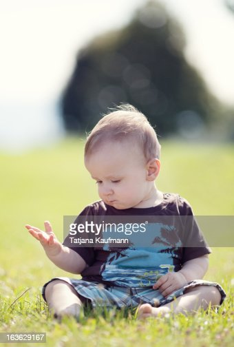 Little boy in summer : Stock Photo