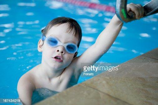 Little boy nadador : Foto de stock