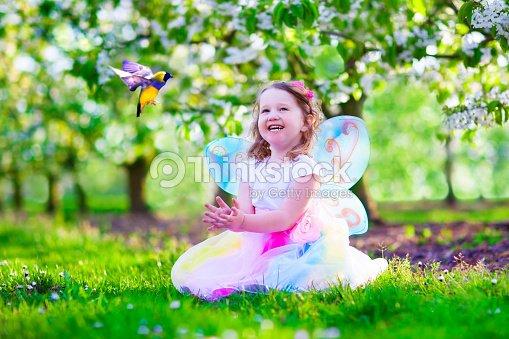 little girl butterfly wallpapers - photo #8