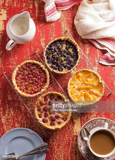 Po'di frutta e crema pasticcera torte