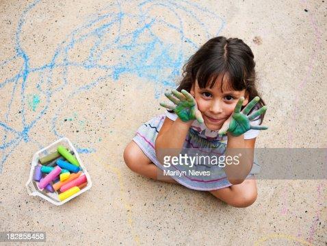 Bambina e la sua città d'arte