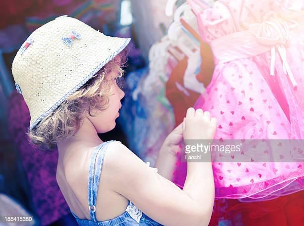 Bambina shopping